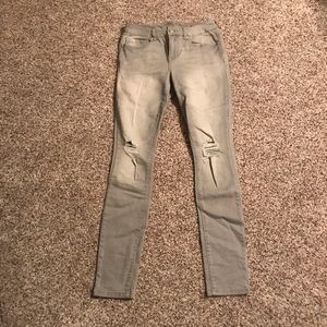 Gray Jeans w/ Washed Knee